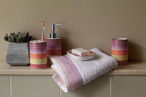 Nowe kolekcje dekoracji łazienkowych