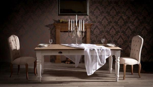 Stół – centralny mebel w mieszkaniu