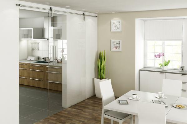 Drzwi przesuwne: małe mieszkanie może być większe